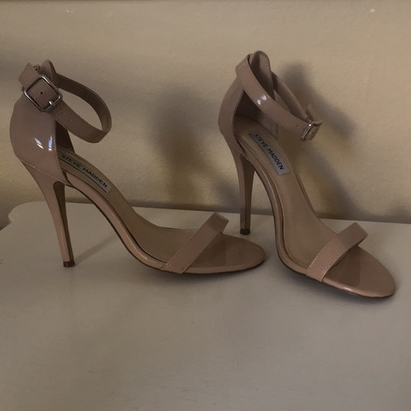 764f1e7e687 Steve Madden nude blush patent ankle strap heels